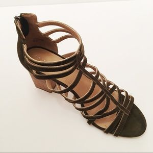 Tahari Brown Andi Suede Caged Sandals Size 8.5